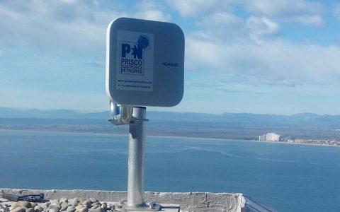 Pioneros en 'fibra por el aire' en el Alt Empordà